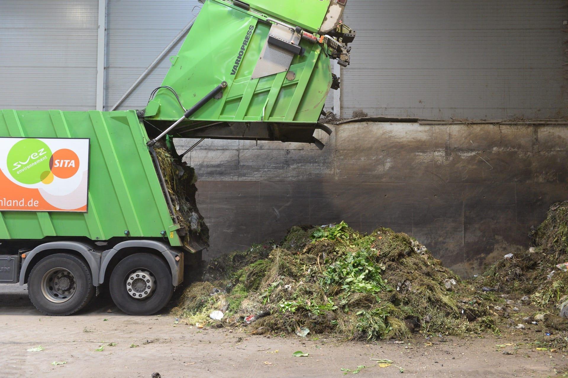 Biowaste tipping