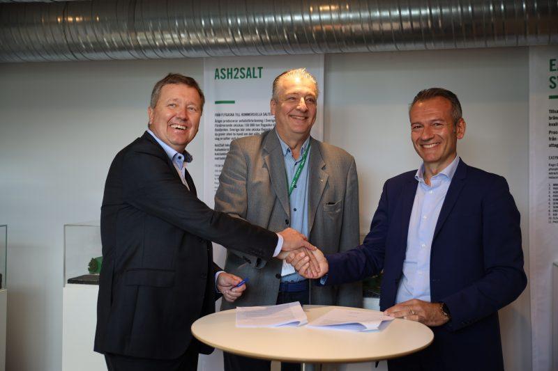 HZI Ragn-Sells EasyMining Agreement Signing